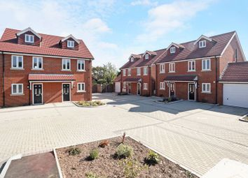 Thumbnail 4 bed property for sale in Granary Close, Rainham, Gillingham