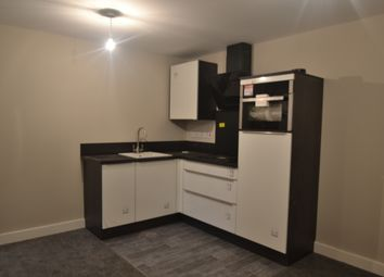 Thumbnail 1 bed flat to rent in Lincoln Road, Doncaster