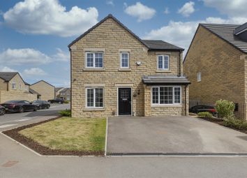 4 bed detached house for sale in Farriers Way, Lindley, Huddersfield HD3