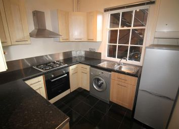 Thumbnail 3 bedroom flat to rent in Windsor House, Westgate Street, City Centre - Cardiff