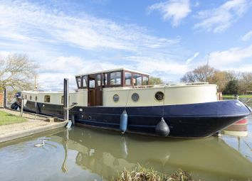 2 bed houseboat for sale in Northern Burway, Chertsey KT16