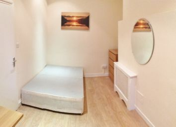 Thumbnail 1 bed flat to rent in Linden Gardens, Notting Hill