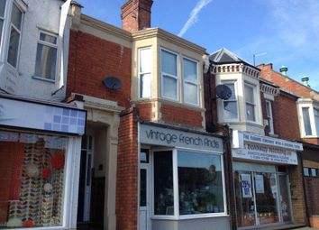 Thumbnail 1 bed flat to rent in Kingsley Park Terrace, Northampton