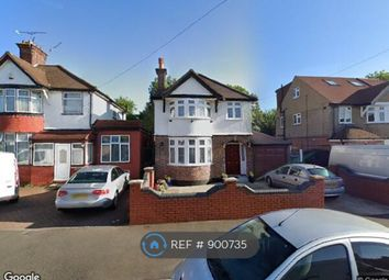 The Vale, Hounslow TW5. 4 bed detached house