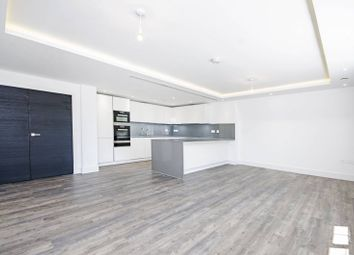 Thumbnail 2 bed flat for sale in Wellgarth Road, Temple Fortune, London