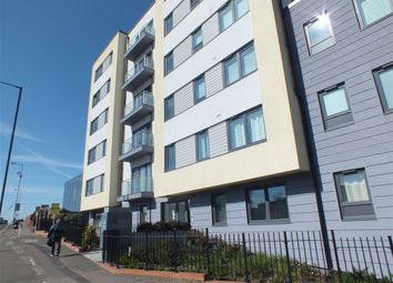 Thumbnail 1 bed flat to rent in West Central, Stoke Road, Slough, Berkshire
