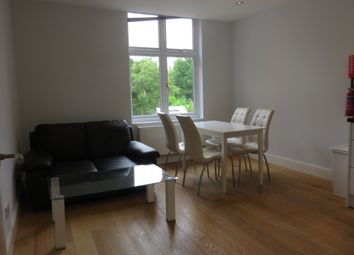 3 bed flat to rent in Fordwych Road, Kilburn, London NW2