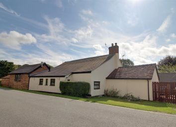 Thumbnail 4 bed cottage for sale in Broad Street, Hartpury, Gloucester