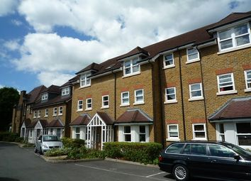 Thumbnail 2 bedroom flat to rent in Ravens Close, Surbiton