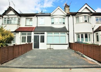 Thumbnail 3 bedroom flat to rent in Woodville Road, Golders Green