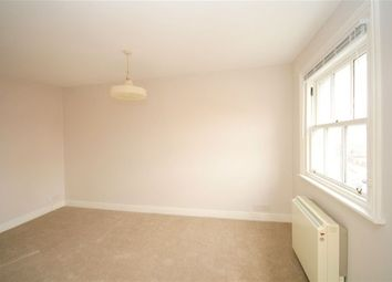 Thumbnail 3 bedroom flat to rent in Old Kent Road, London