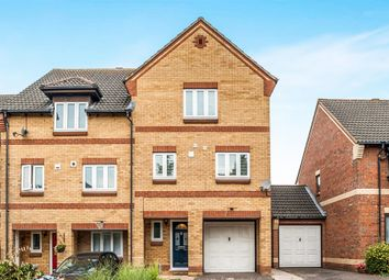 Thumbnail 4 bed town house for sale in Halwick Close, Hemel Hempstead