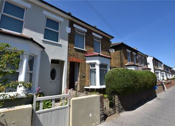 2 bed property to rent in Carmichael Road, London SE25