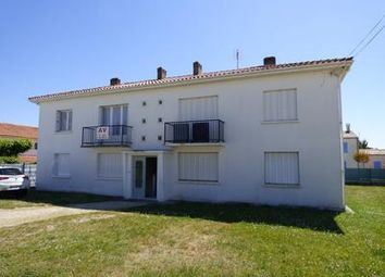 Thumbnail 1 bed apartment for sale in St-Georges-De-Didonne, Charente-Maritime, France