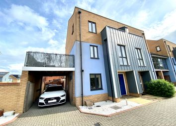 Arisdale Avenue, South Ockendon RM15. 5 bed town house