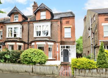 Thumbnail 1 bed flat to rent in Victoria Avenue, Surbiton