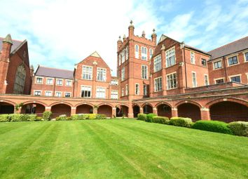Thumbnail 3 bedroom flat for sale in The Avenue, Bushey