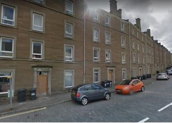 Thumbnail 3 bed flat to rent in Rosefield Street, Dundee