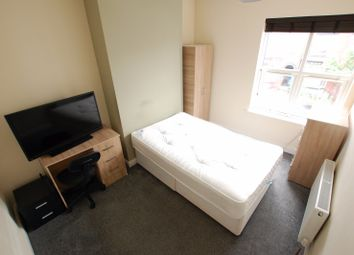 Thumbnail 4 bed flat to rent in South View Road, Sheffield