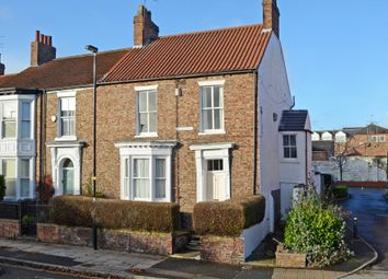 Thumbnail 5 bed property for sale in Monkgate, York
