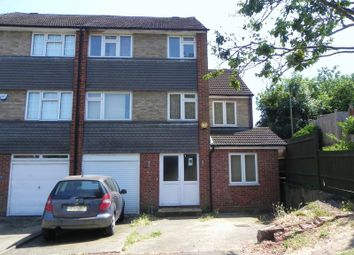5 bed town house for sale in South Close, High Barnet, Barnet EN5