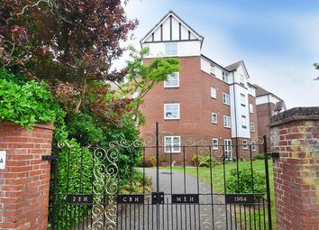 2 bed flat for sale in Granville Road, Eastbourne BN20