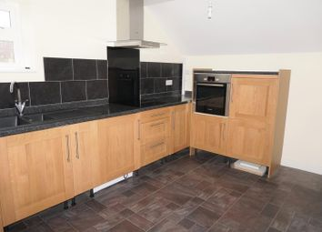 Thumbnail 2 bedroom flat to rent in Looe