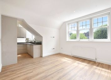 Thumbnail 1 bed flat to rent in Raglan House, 8-12 Queens Avenue, London