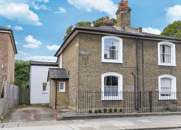 Thumbnail 4 bed property to rent in Paddenswick Road, London