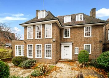 Thumbnail 6 bed property to rent in Springfield Road, London