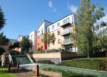 Thumbnail 3 bed flat to rent in Queen Mary Avenue, South Woodford