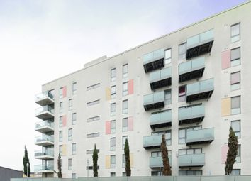 Thumbnail 2 bed flat for sale in Stainsby Road, Docklands