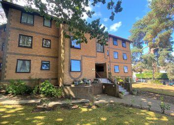 Sandecotes Road, Parkstone, Poole BH14. 2 bed flat
