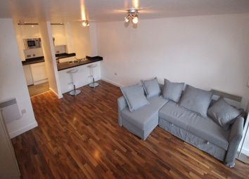2 bed flat to rent in The Quadrangle, Manchester M1