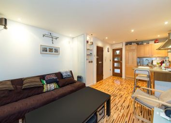 Thumbnail 1 bed property for sale in Thornhill Road, London
