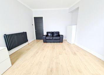 Thumbnail 1 bedroom flat to rent in Grosvenor Avenue, Islington