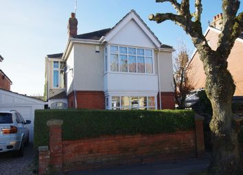 Thumbnail 3 bedroom detached house for sale in Goddard Avenue, Swindon