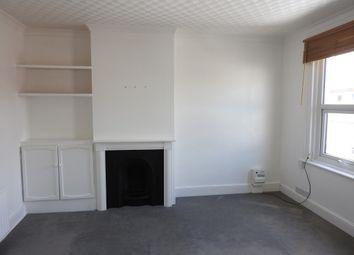 Thumbnail 2 bedroom flat to rent in Pelham Road South, Northfleet, Gravesend