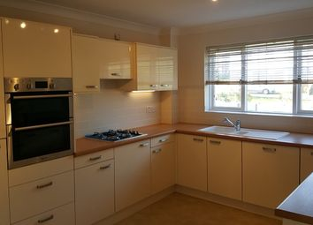 Thumbnail 3 bed flat to rent in Holders Hill Road, Hendon
