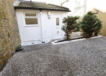 Thumbnail 1 bed flat to rent in Wickham Avenue, Ground Floor Flat, Bexhill-On-Sea, East Sussex