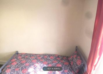 Thumbnail Room to rent in St. Pauls Road, London