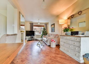 Thumbnail 3 bedroom detached house to rent in Dean Drive, Wilmslow