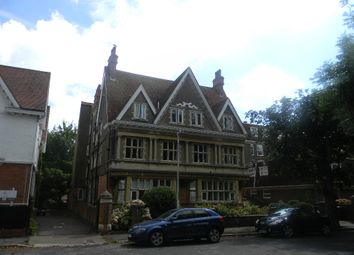2 bed flat to rent in Grimston Gardens, Folkestone CT20