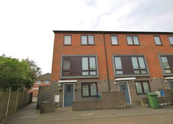 Thumbnail 3 bed town house for sale in Elm Tree Walk, Farnborough, Hampshire