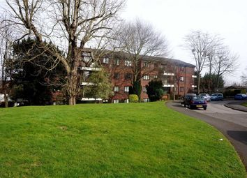Thumbnail 1 bedroom flat for sale in Chatsworth House, Whitehaven Close, Bromley