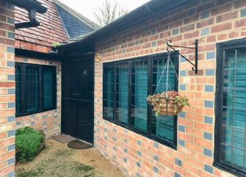 Thumbnail Bungalow to rent in The Square, Newchapel Road, Lingfield