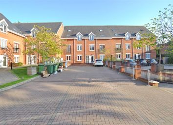 Thumbnail 2 bed flat for sale in Sanders Place, Walsworth Road, Hitchin