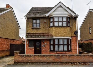Thumbnail 3 bed detached house for sale in Leon Avenue, Bletchley, Milton Keynes