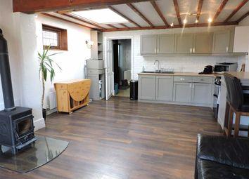 Thumbnail 2 bed detached bungalow to rent in Binfield Road, Byfleet, Surrey