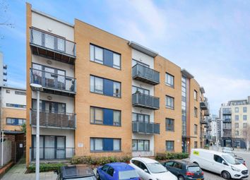 Thumbnail 1 bed flat for sale in Little Cottage Place, Greenwich